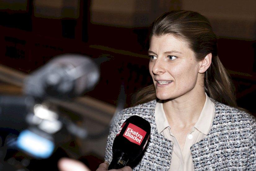 SU-udgifter til udlændinge har overskredet loft: Minister afventer