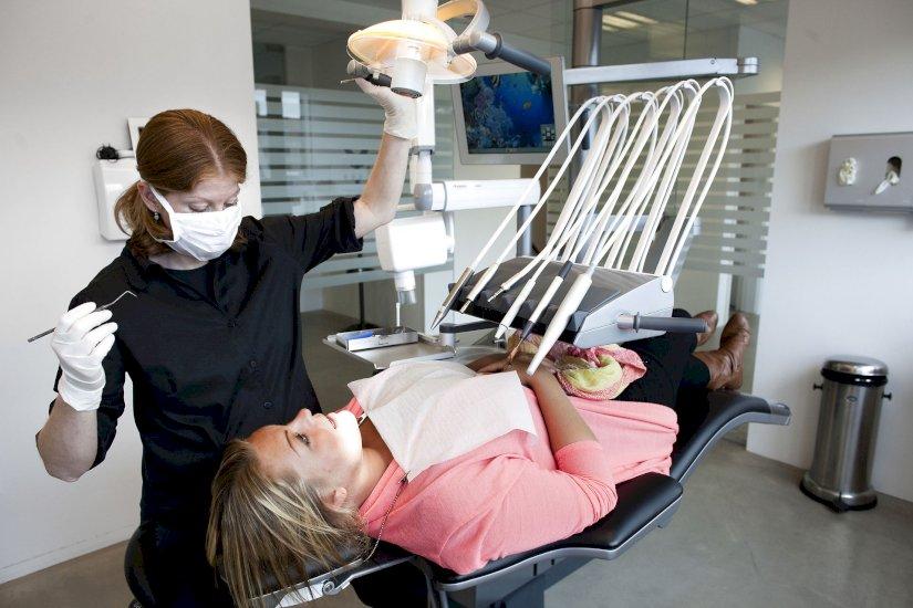 Tandlæger stemmer nej til overenskomst trods corona