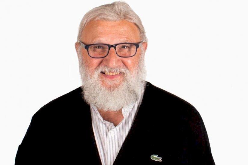 Allan på 76 elsker jobbet som frisør: Du kan tro, at jeg har mange hemmeligheder