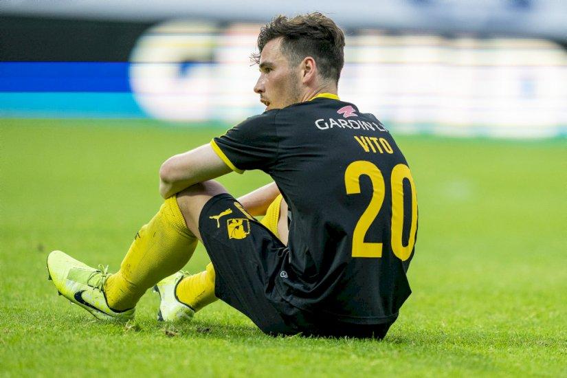 Superligaklub i knæ: Alle går ned i løn