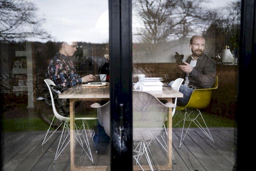 Christiansborg: Slæk ikke på krav til hjemmearbejde