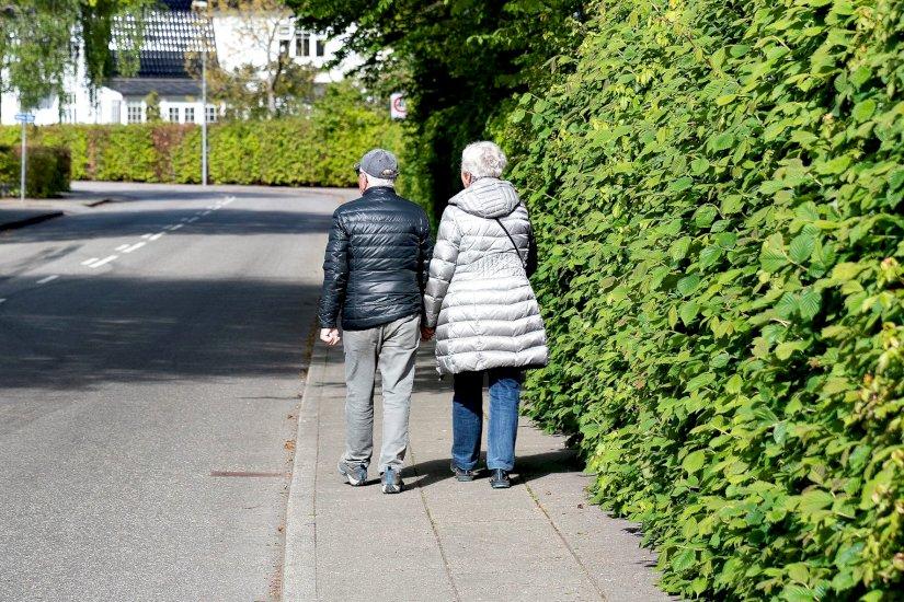 Forsker har aldrig set noget lignende: En fest at være pensionist i Danmark