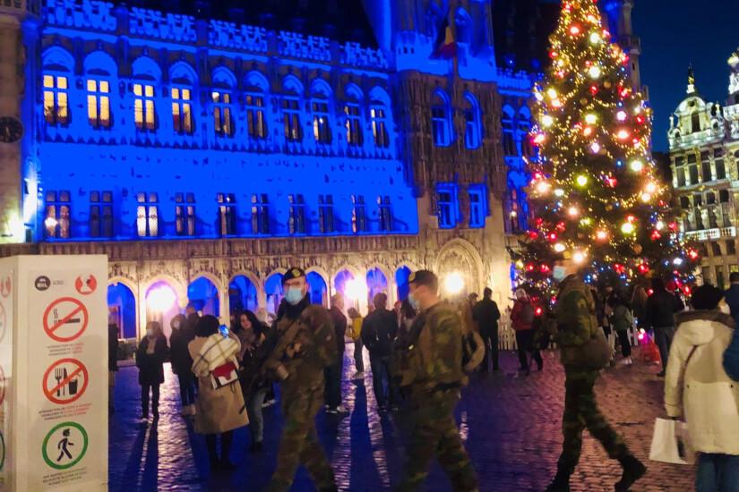 Julekort fra Bruxelles: At holde en ulovlig jul i Belgien kræver planlægning og nedrullede gardiner