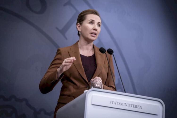 Mette_Statsminister_Liselotte_Sabroe