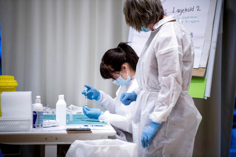 Vaccine_to_kvinder_kitler_Nils_Meilvang_Ritzau_Scanpix