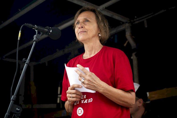 Dansktop-kongen Finn Sørensen anmelder sygeplejerskernes strejkesange: Her er de bedste