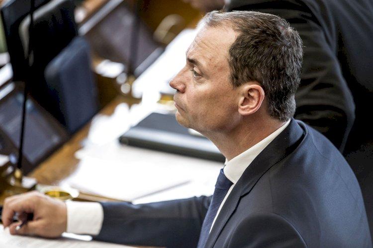 Venstres Tommy Ahlers stopper i Folketinget